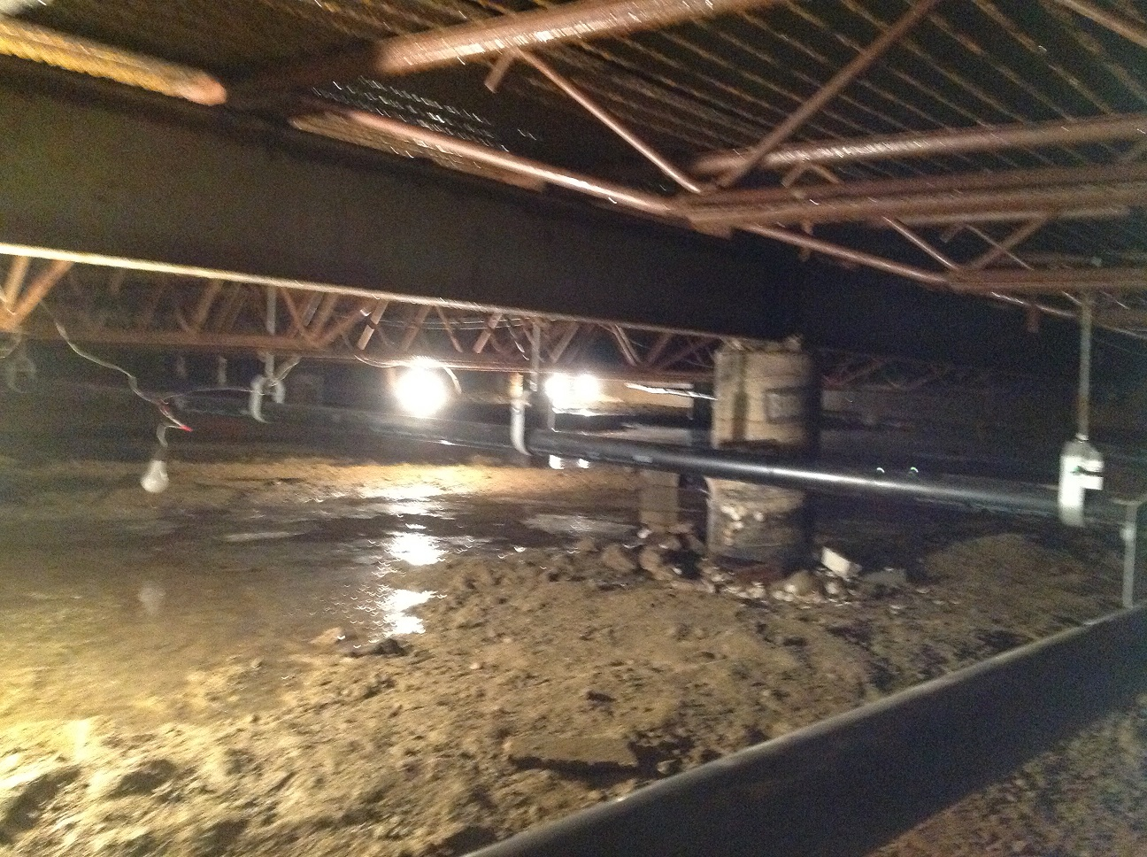 Crawlspace water extraction